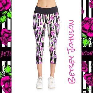 BETSEY JOHNSON Striped Roses Workout Capri Legging